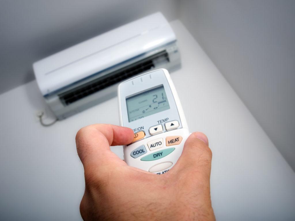 Tilpasning af rumtemperatur med varmepumpe